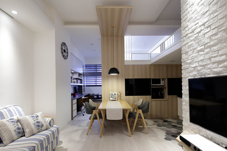 北歐風格原木質感塑形空間溫暖 木作造型點綴餐廳空間