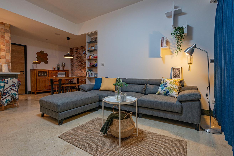 鄉村風的客廳-細膩的線條與輝煌的石材,可以賦予客廳精緻尊榮感;