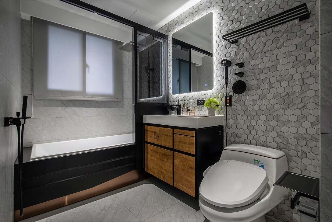 浴室尺寸(淋浴間設置);